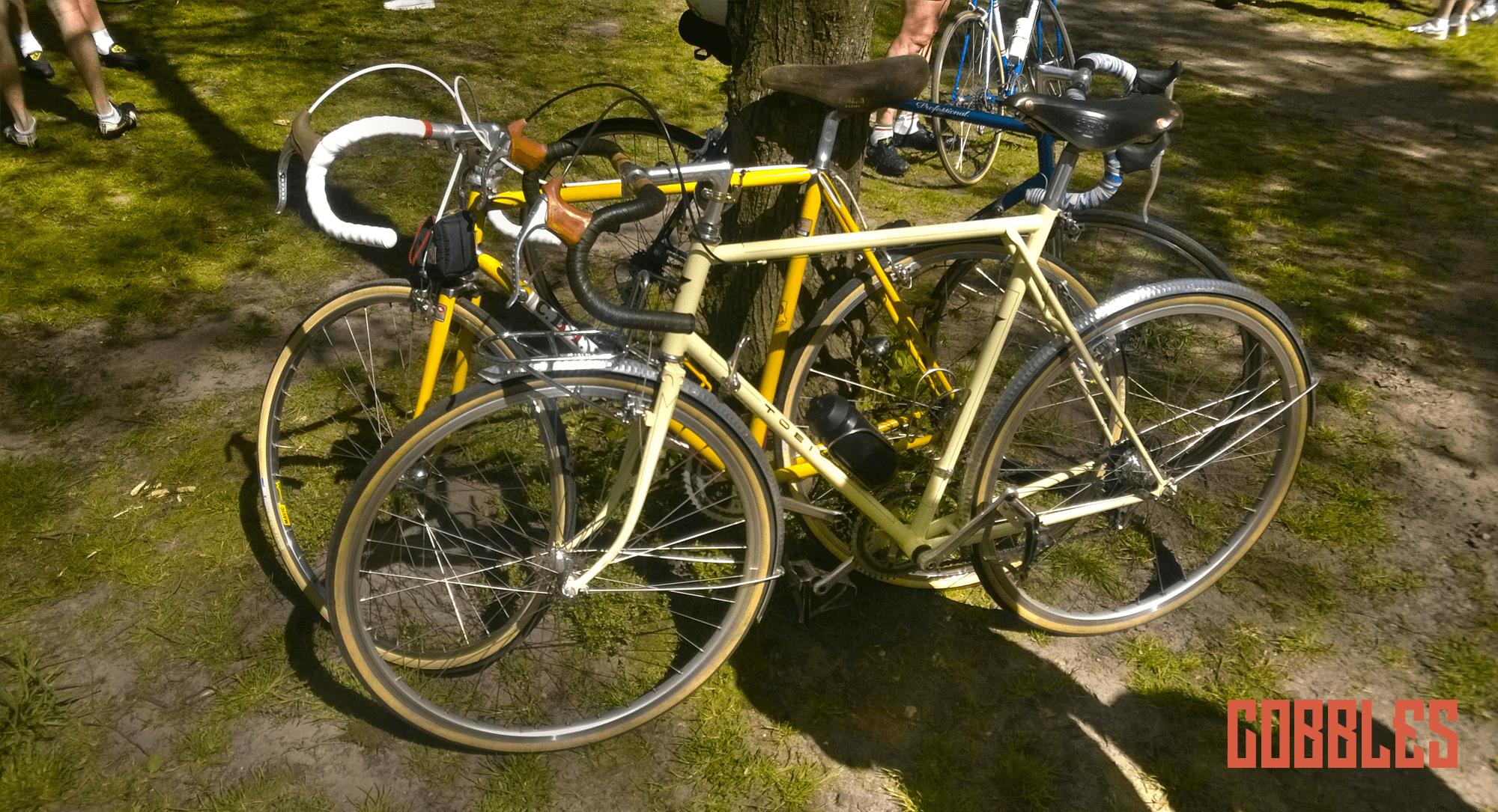 Cobbles Cycling Retroetoer Moergestel
