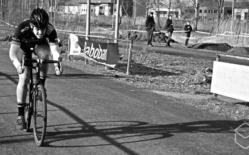 Cobbles-veldrijden-NSK-finish-3