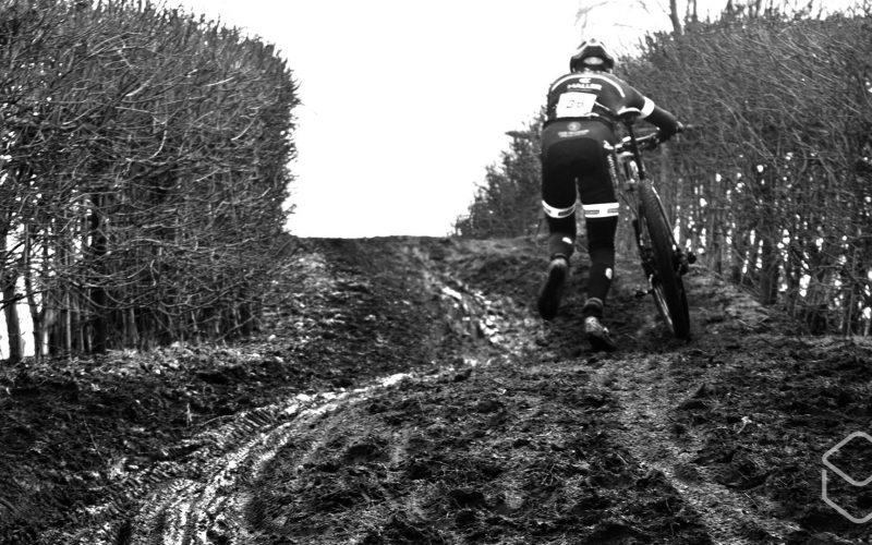 Cobbles-veldrijden-NSK-modder