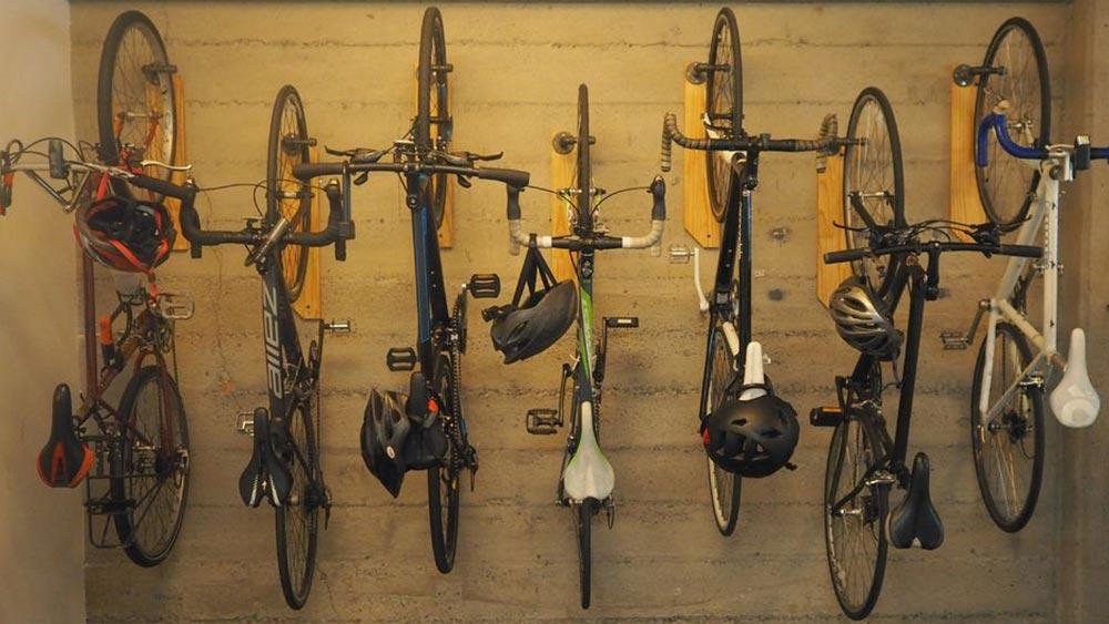 Cobbles fiets ophangen