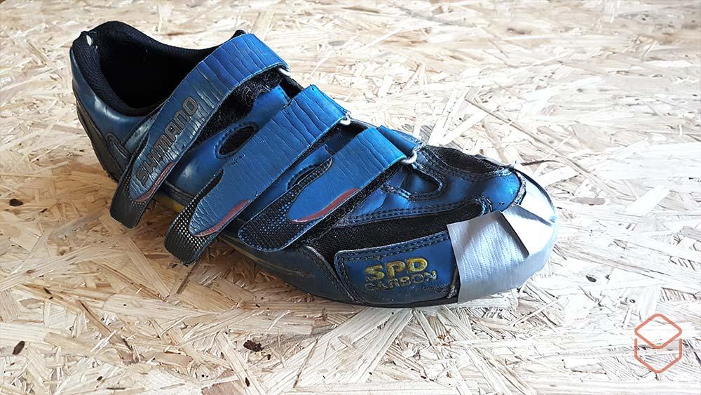 Cobbles mountainbiken tenen warm houden duct tape