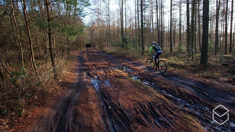 Cobbles mountainbiken trailrespect modder