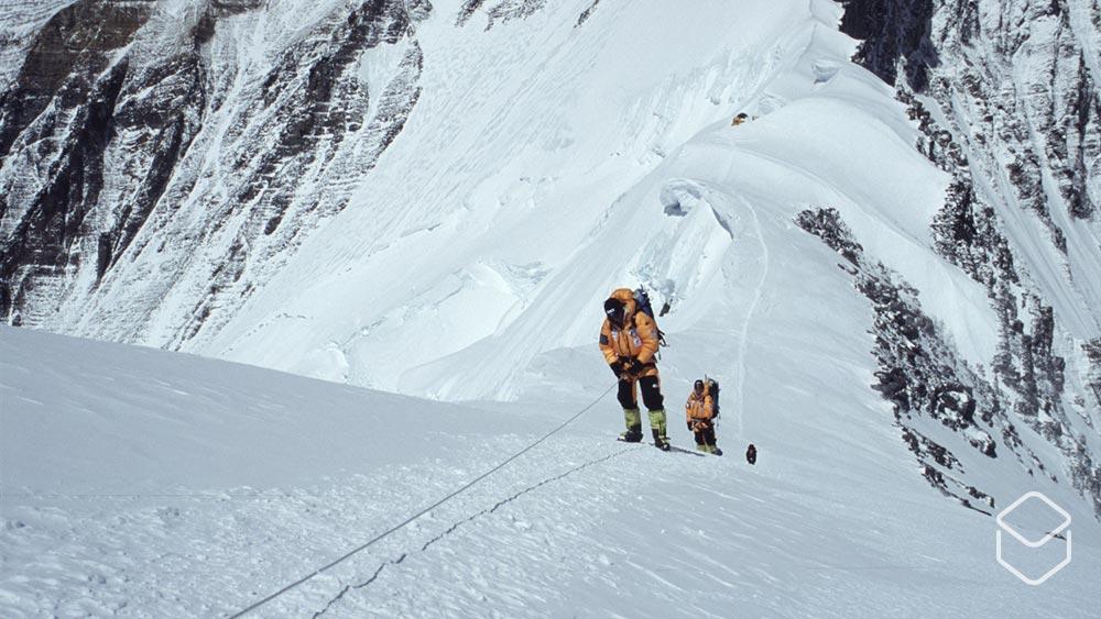 Cobbles team Ron Doorakkers Mount Everest