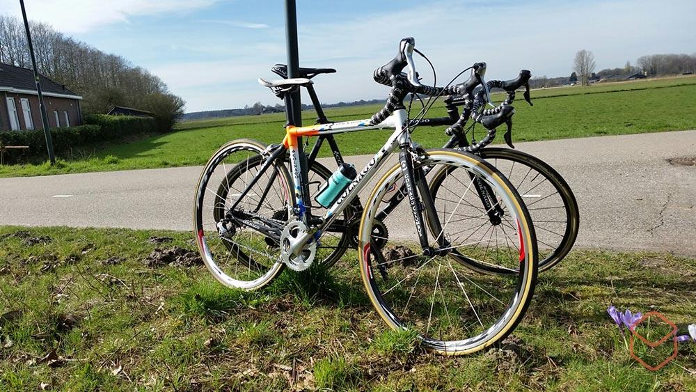 cobbles wielrennen voorjaar colnago