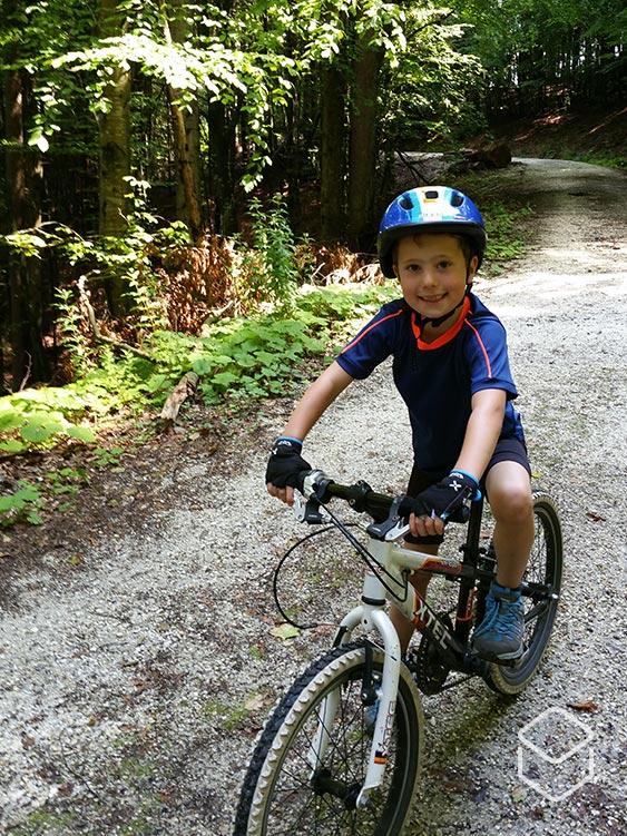cobbles-mountainbiken-wielrennen-kinderen-oostenrijk