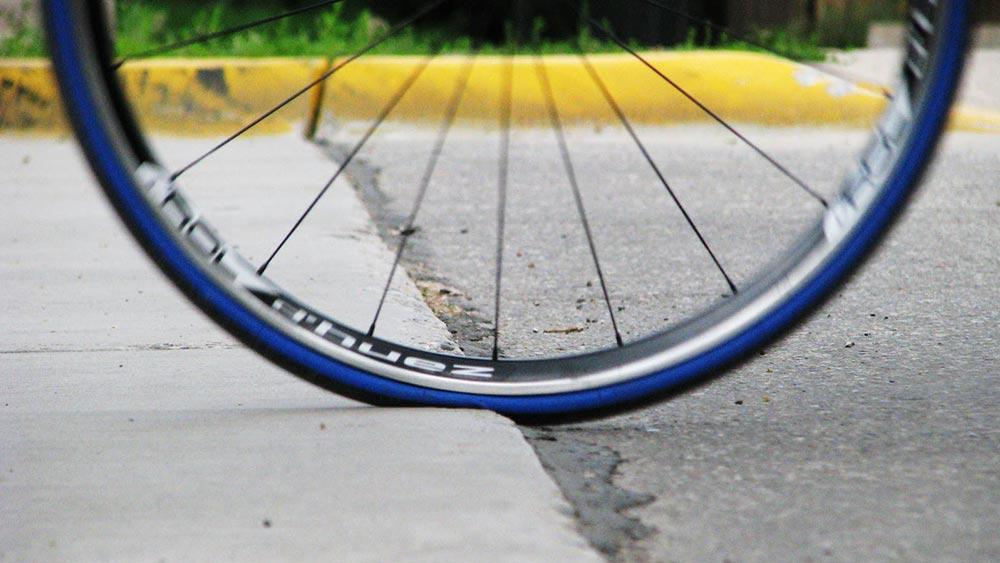 cobbles-wielrennen-racefiets-banden-druk