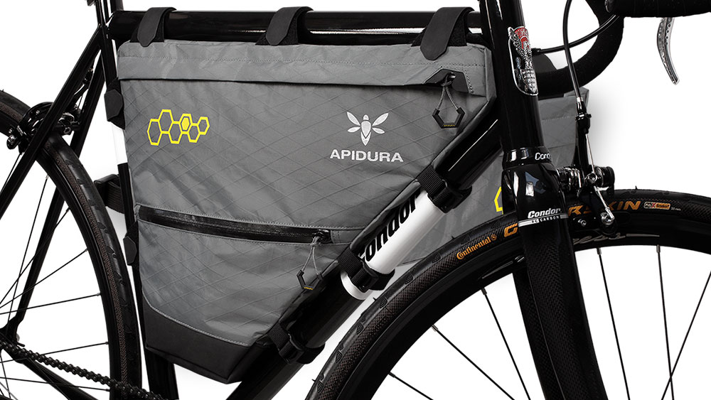 cobbles bikepacking fietstassen frametas apidura groot