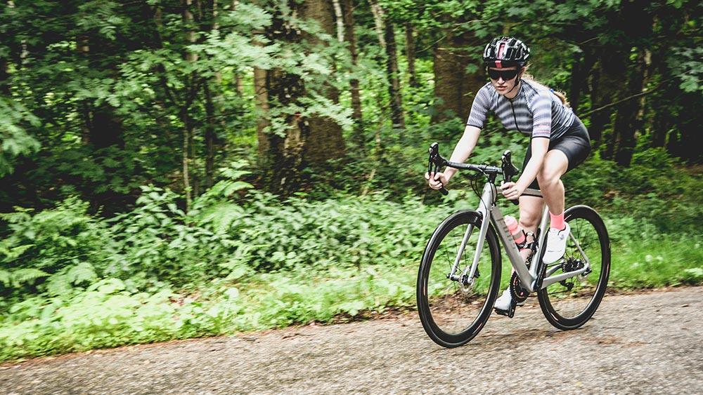 cobbles wielrennen vrouwen fons bikes racefiets rapha