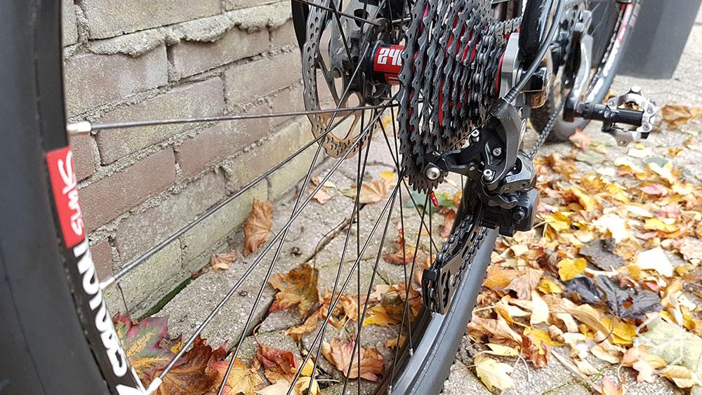 cobbles mountainbiken fiets soigneren kabeleindjes