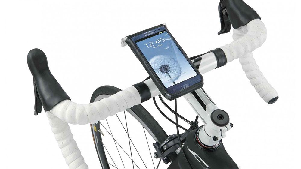 cobbles telefoon op stuur fiets topeak drybag