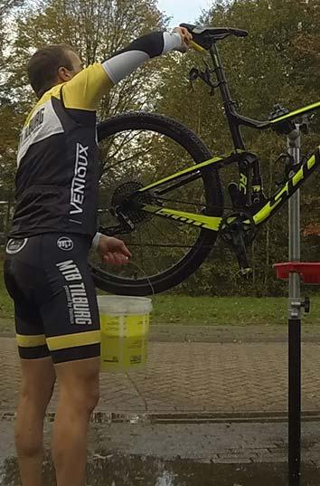 mountainbike schoonmaken uitgelicht