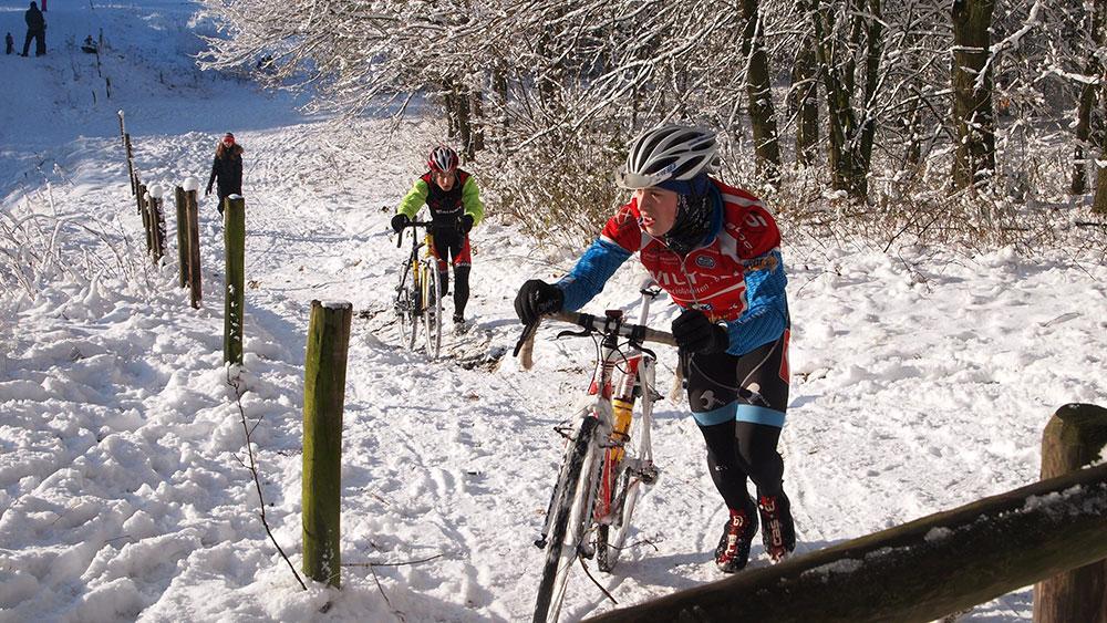 cobbles-wielrennen-laagjes-kleding-winter