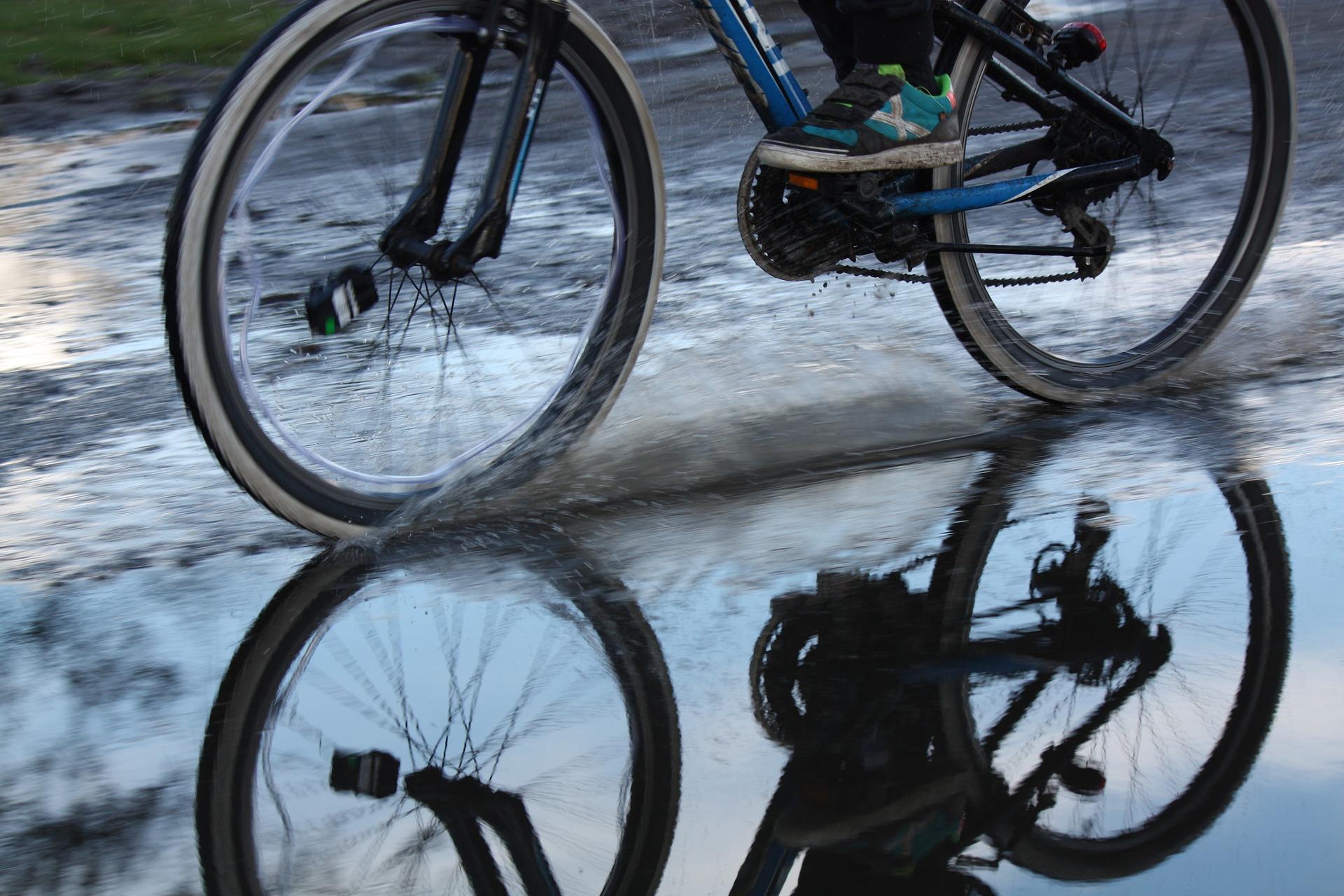 cobbles-wielrennen-woon-werk-weer-plas