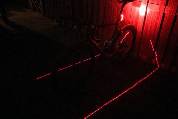 cobbles-wielrennen-lezyne-laser-drive-review-uitgelicht