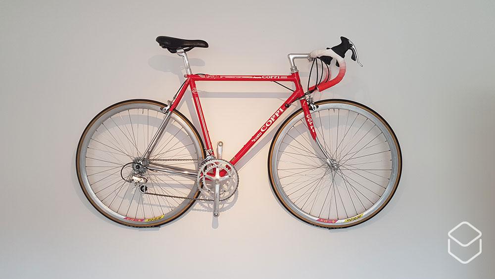 cobbles-wielrennen-huis-van-een-fietser-muurfiets