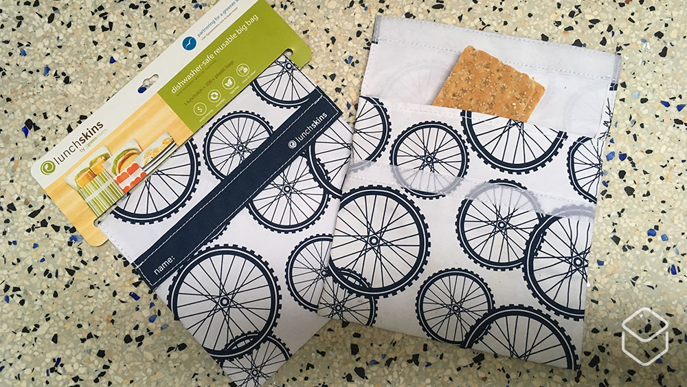 cobbles-wielrennen-duurzame-fietscadeaus-global-recycling-day-boterhamzak