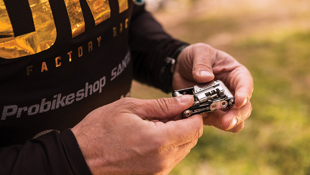 cobbles wielrennen interview lezyne dillon clapp multitool