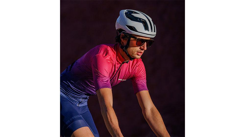cobbles-wielrennen-fietsshirts-zomer-cafe-du-cycliste