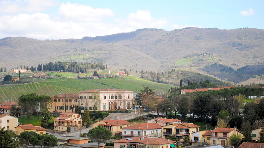 cobbles-wielrennen-in-toscane-routes-chianti-dorp