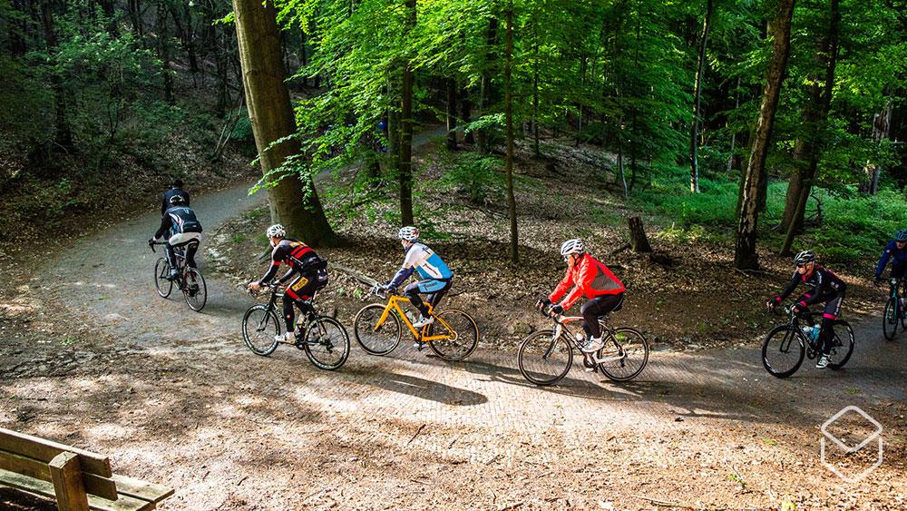 cobbles wielrennen toertochten nl tour rides 1k ride toertocht klimmen italiaanseweg