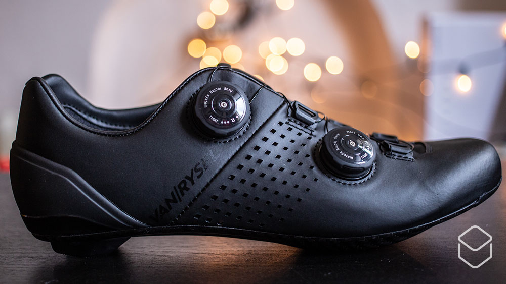 cobbles-wielrennen-van-rysel-rr900-schoenen-review-02