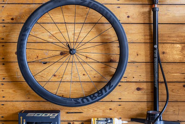 cobbles wielrennen tubeless racefiets banden continental
