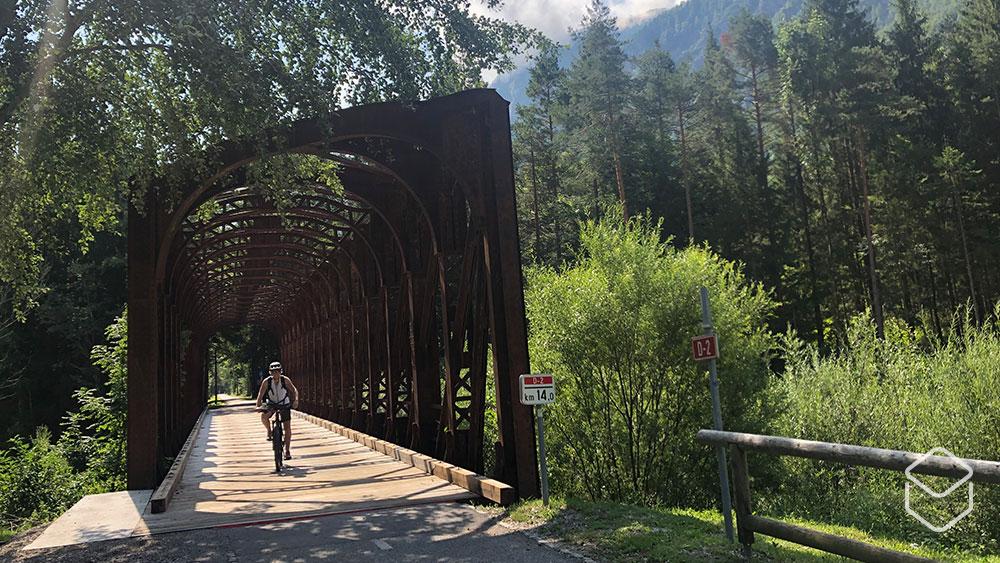 cobbles-mountainbiken-slovenie-brug
