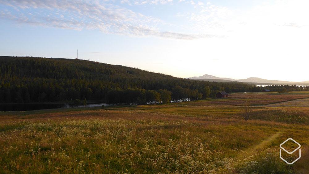 cobbles-mountainbiken-bikepacking-scandinavie-stolavspad-avondzon