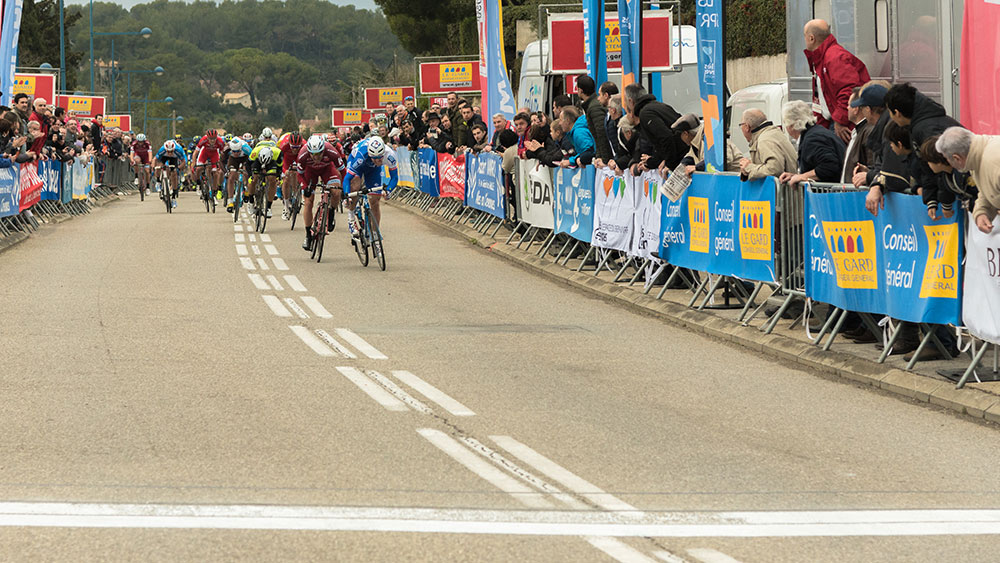cobbles-wielrennen-high-intensity-training-sprint