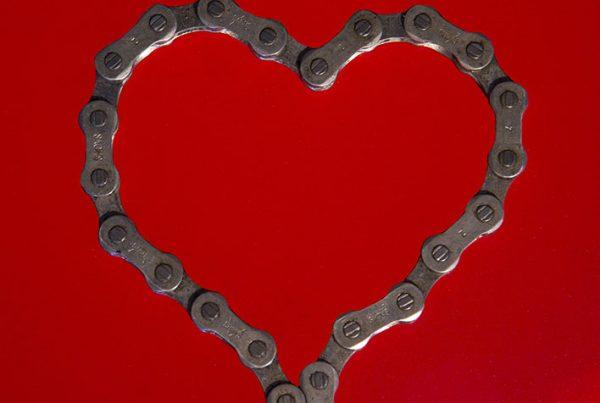 cobbles-wielrennen-valentijnsdag-fiets-partner-uitgelicht