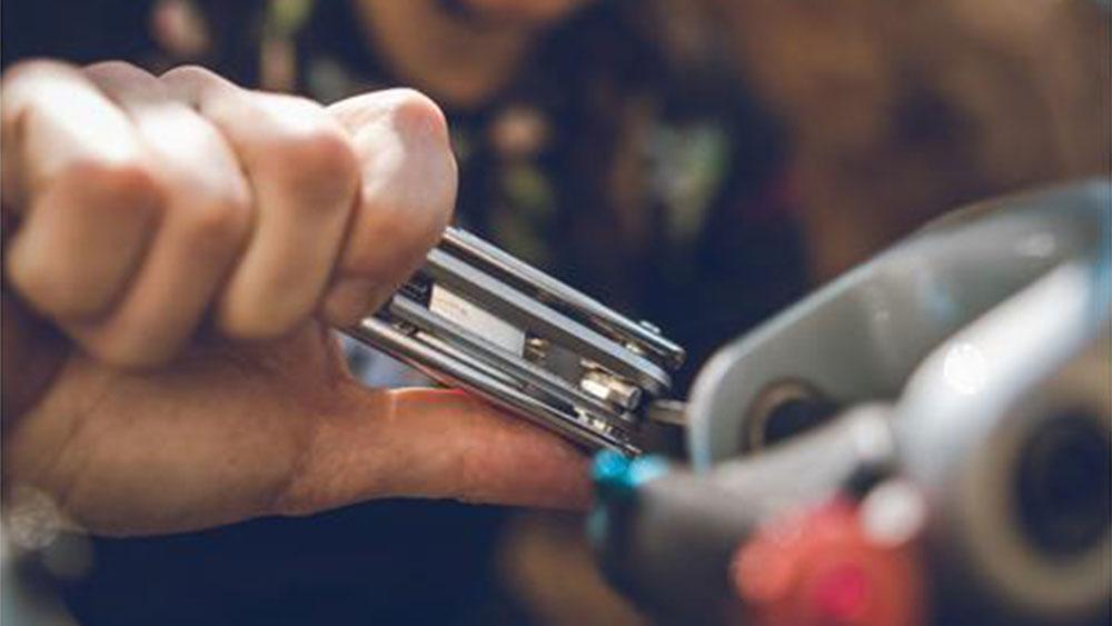 cobbles-wielrennen-reparatieskills-gereedschap-multitool