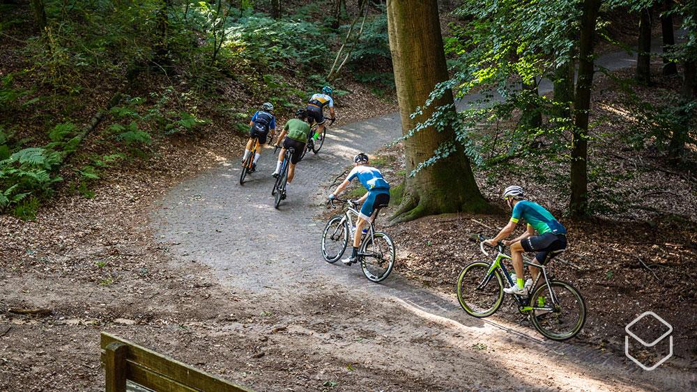 cobbles wielrennen virtual flandrien ride toertocht ronde van vlaanderen 2020 italiaanseweg