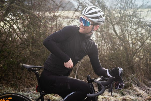 cobbles-wielrennen-fietskleding-lange-mouwen-uitgelicht