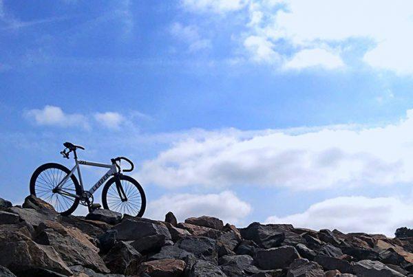 cobbles-wielrennen-solo-fietsen-6-redenen-uitgelicht