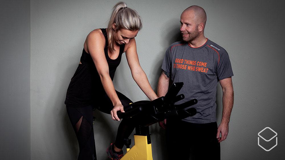 cobbles-wielrennen-sportmasseur-training-fiets