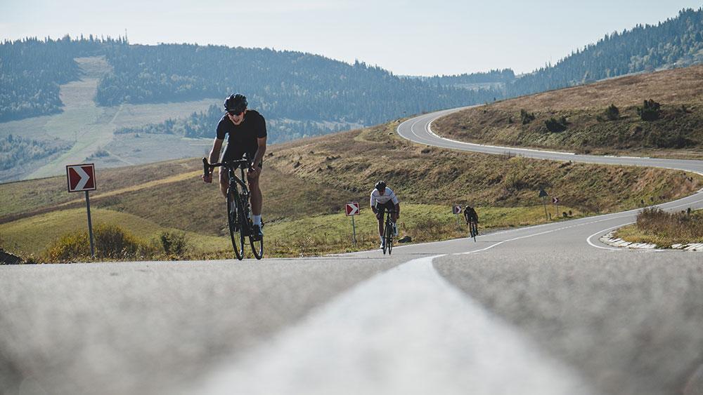 cobbles-wielrennen-onbekende-beklimmingen-weg
