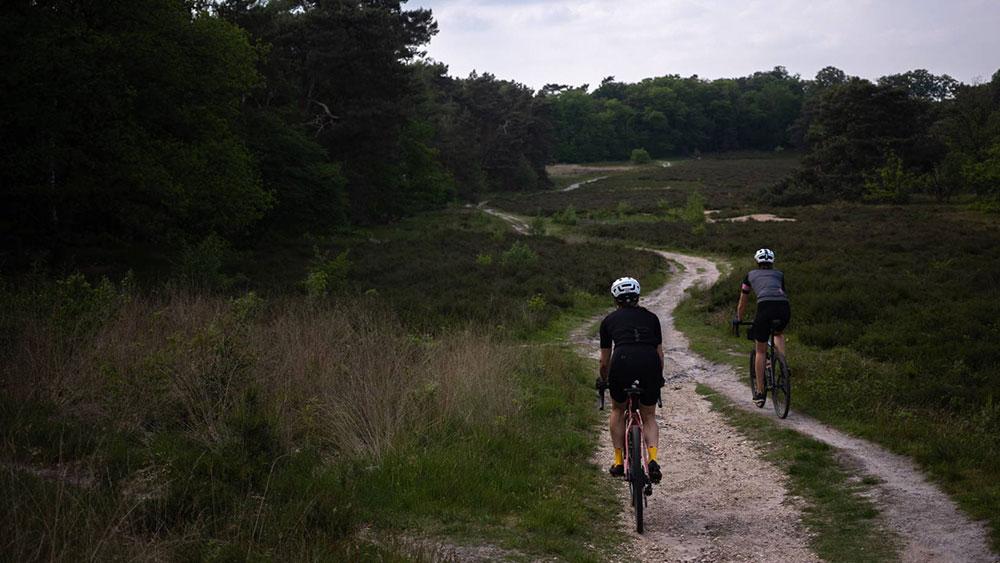 cobbles-wielrennen-gravel-green-divide-track