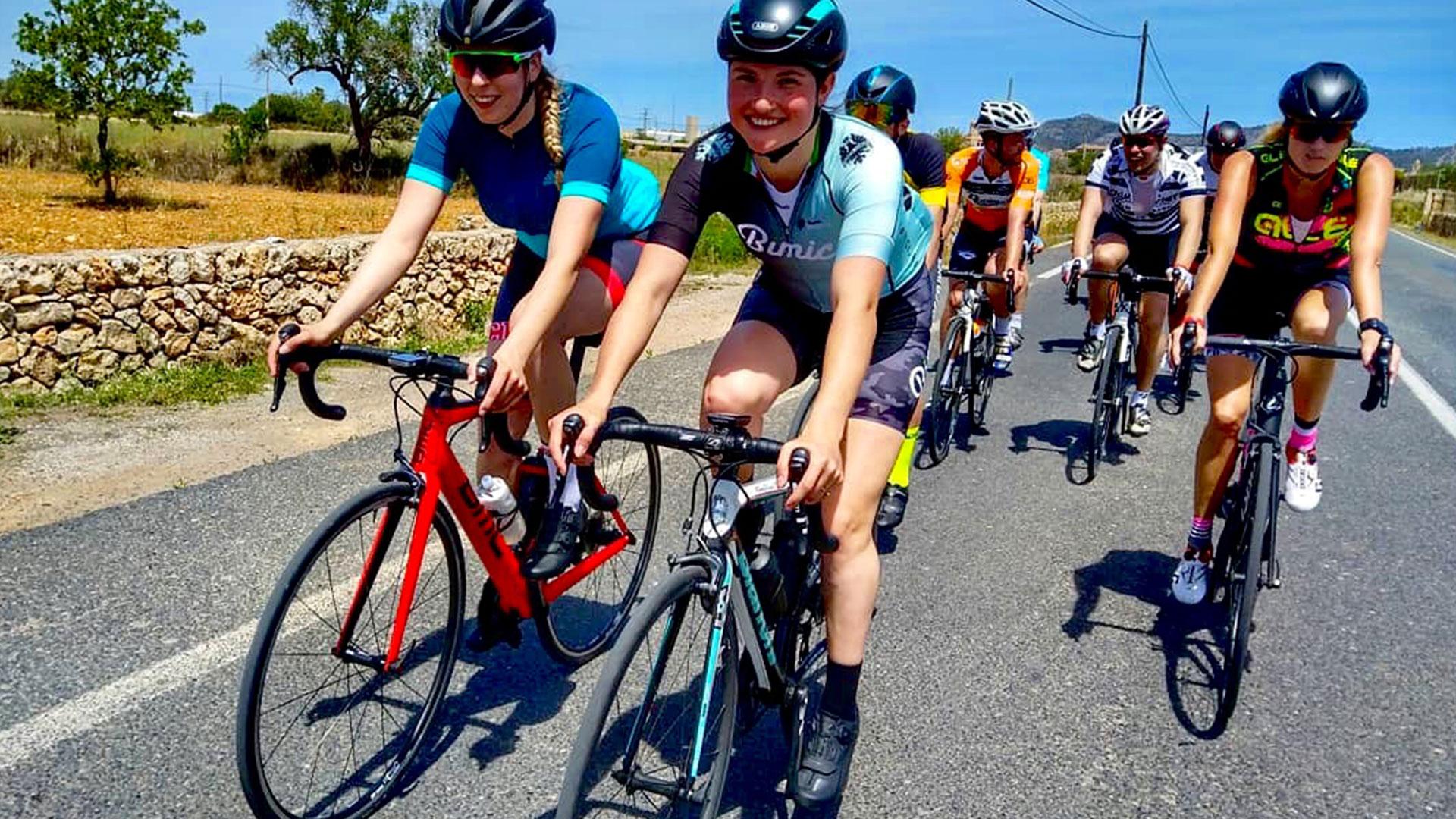 Als vrouw in een fietsgroep: lijkt spannend, is vooral leuk! (ook met mannen)